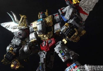 [Toyworld][Zeta Toys] Produit Tiers - Jouet TW-D aka Combiner Dinobots - Page 3 Y7jQd5o3