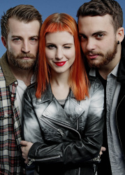Paramore (Hayley Williams,  Jeremy Davis, Taylor York) - Chris McAndrew Photoshoot for The Guardian (February, 2013) - 35xHQ OUI194tR