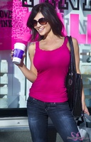 Дениз Милани, фото 4568. Denise Milani Out Shopping, foto 4568