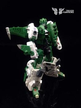 [FansProject] Produit Tiers - Jouet Saurus Ryu-oh aka Dinoking (Victory) | Monstructor (USA) - Page 2 YsIMeszm