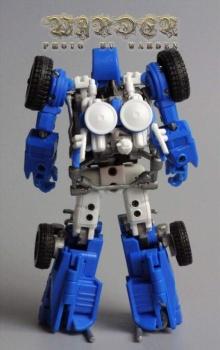 [X-Transbots] Produit Tiers - Minibots MP - Gamme MM - Page 3 UKPhr01b