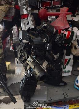 [Mastermind Creations] Produit Tiers - Reformatted R-13 Spartan (aka Impactor) des Wreckers + R-14 Commotus (aka Turmoil) - IDW IJ4i2pxH