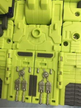 [Toyworld] Produit Tiers - Jouet TW-C Constructor aka Devastator/Dévastateur (Version vert G1 et jaune G2) - Page 3 FxQ5qlGF