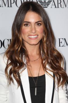Fotos MQ & HQ: Nikki Reed en evento de Teen Vogue's 10th Anniversary Annual Young -27 Sept AbmKKLRe
