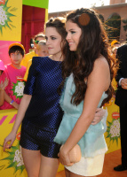 Kids Choice Awards 2013 AcjfGPcj