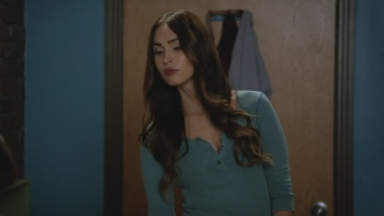 Megan Fox - New Girl S05E10 (2016) | HD 1080p