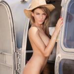 Gatas QB - Marlene Is Frontal Mag (Revista Frontal) Fevereiro 2014