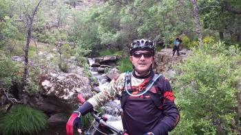 14/06/2015 - Cercedilla a Segovia por el Río Eresma - 7:15 Pedaleando. D9ZeTRaa