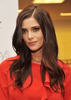 Ashley Greene Aad0wIiI