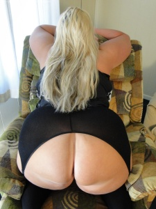 Tags:  BBW , Huge breasts, Big Lady
