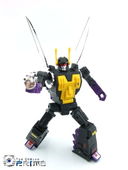 [Fanstoys] Produit Tiers - Jouet FT-12 Grenadier / FT-13 Mercenary / FT-14 Forager - aka Insecticons - Page 3 WeyVVduk