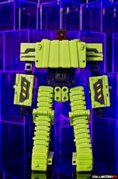 [Toyworld] Produit Tiers - Jouet TW-C Constructor aka Devastator/Dévastateur (Version vert G1 et jaune G2) - Page 4 S9CK4zfF