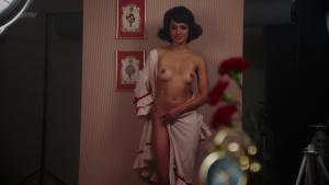 Jade Albany, Marilyn Monroe, Alexandra Johnston &more @ American Playboy: The Hugh Hefner Story s01 (US 2017) [HD 1080p] CUgWgLeg