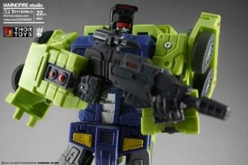 [Toyworld] Produit Tiers - Jouet TW-C Constructor aka Devastator/Dévastateur (Version vert G1 et jaune G2) - Page 7 YIG7UZ2B