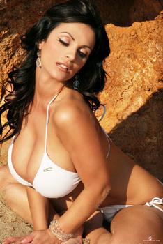 Дениз Милани, фото 4466. Denise Milani White Bikini (From Her Old Website), foto 4466