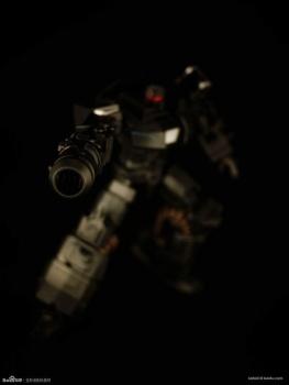 [Mastermind Creations] Produit Tiers - Reformatted R-13 Spartan (aka Impactor) des Wreckers + R-14 Commotus (aka Turmoil) - IDW QUacGobY