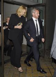 Sean Penn - Charlize Theron and Sean Penn - seen leaving Royal Festival Hall. London - February 16, 2015 (153xHQ) O7suPZGX