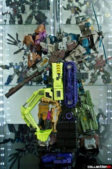 [Toyworld] Produit Tiers - Jouet TW-C Constructor aka Devastator/Dévastateur (Version vert G1 et jaune G2) - Page 4 VAk5N6zg