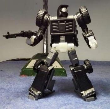 [X-Transbots] Produit Tiers - Minibots MP - Gamme MM - Page 2 QrtMNy8u