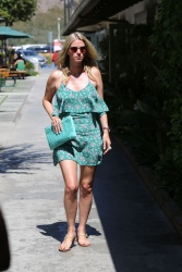 Paris Hilton & Nicky Hilton - Out for a stroll to the Malibu Country Mart in Malibu July 7, 2014