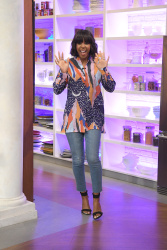 Kelly Rowland - The Chew: April 27th 2017
