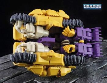 [Mastermind Creations] Produit Tiers - Reformatted R-13 Spartan (aka Impactor) des Wreckers + R-14 Commotus (aka Turmoil) - IDW M32Hb8TC