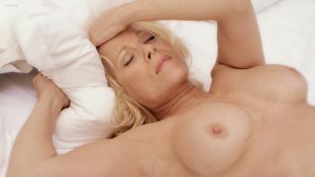 Niven  nackt Barbara 22 Sexiest
