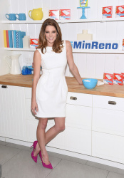 Ashley Greene - #15MINRENO Ideas With Mr. Clean Event in NYC 7/28/15