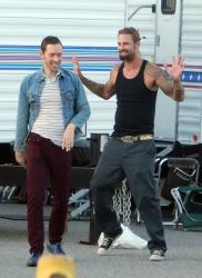 Josh Holloway & Sean Astin - Stay Cool Set - 29xHQ KkOXvtzQ