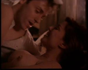 Kari Wuhrer @ Sex & The Other Man (US 1997) RR2pmPwl