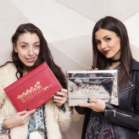 Victoria Justice   Rebecca Minkoff x Smashbox Event on Nov 15 (10 Photos)