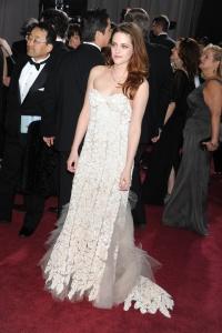 Kristen Stewart - Imagenes/Videos de Paparazzi / Estudio/ Eventos etc. - Página 31 AbyUDhBH