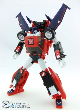 [Masterpiece] MP-25L LoudPedal (Rouge) + MP-26 Road Rage (Noir) ― aka Tracks/Le Sillage Diaclone - Page 2 O9QVwfgT