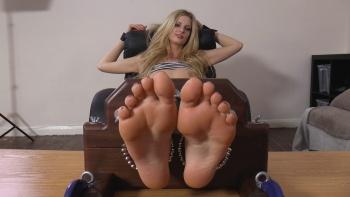 Tickle sexy feet