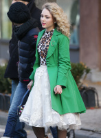"""AnnaSophia Robb on the set of """"The Carrie Diaries"""" in NYC - 11/20/13"""