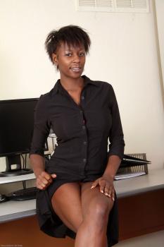 233501 - Entice black women