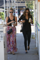 Nina Dobrev with Hilary at Alfred Coffee & Kitchen in West Hollywood (July 29) THu1I6Gu