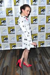 Elizabeth Henstridge - Marvel's Agent of S.H.I.E.L.D. Press Line @ 2015 San Diego Comic-Con - 07/10/15