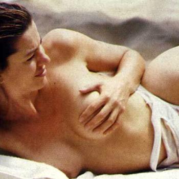 Madre Entra Al Cuarto De Hijo Dormido Desnudo Bien