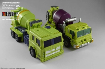 [Toyworld] Produit Tiers - Jouet TW-C Constructor aka Devastator/Dévastateur (Version vert G1 et jaune G2) - Page 5 Ns2YfDrg