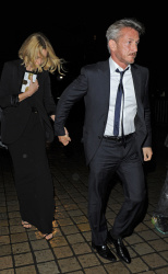Sean Penn - Charlize Theron and Sean Penn - seen leaving Royal Festival Hall. London - February 16, 2015 (153xHQ) AKdcW9pB