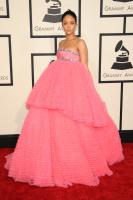 Rihanna  57th Annual GRAMMY Awards in LA 08.02.2015 (x79) updatet Go90jtj4