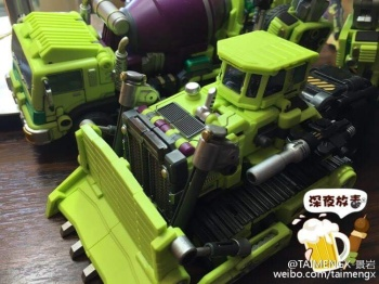 [Generation Toy] Produit Tiers - Jouet GT-01 Gravity Builder - aka Devastator/Dévastateur - Page 3 OoTxRINh