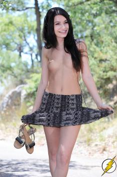 abvgJ9YR Miranda Cosgrove Nude Fake and Sexy Picture