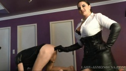 mistress Lady Asmondena