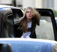 Cara Delevingne - out in London - 02/12/14