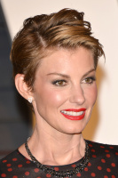 """Faith Hill """"2015 Vanity Fair Oscar Party hosted by Graydon Carter at Wallis Annenberg Center for the Performing Arts in Beverly Hills"""" (22.02.2015) 58x  Kc7V43DB"""