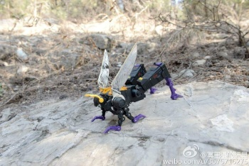 [Fanstoys] Produit Tiers - Jouet FT-12 Grenadier / FT-13 Mercenary / FT-14 Forager - aka Insecticons - Page 3 RZPLLclk