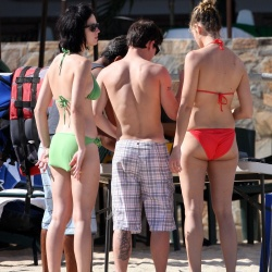 Katy Perry green bikini 5