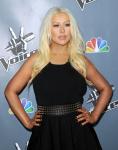 [Fotos+Videos] Christina Aguilera en la Premier de la 4ta Temporada de The Voice 2013 - Página 4 AbgF4eQS